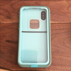 iPhone X Lifeproof Fré Case